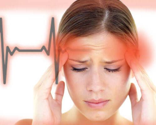 Головная боль пульсирующего характера: причины, стадии, терапия