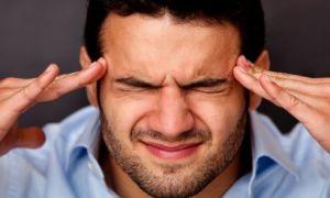 Шумовые ощущения в ушах и боль в области головы: описание проблематики и лечения