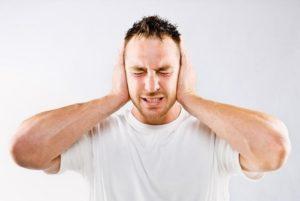 сильный шум в голове