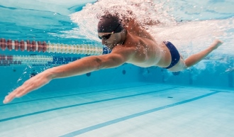 занятие плаванием