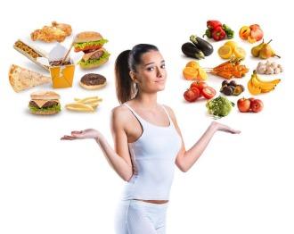 выбор между вредным и здоровым питанием