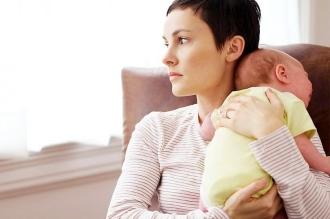мама и малыш после расстройство после родов