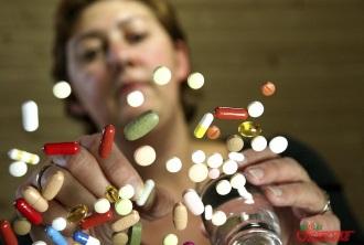 принимать или нет таблетки во время депрессии