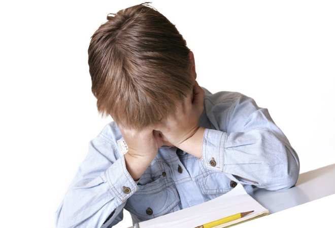 Причины головных болей у детей